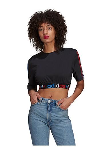 Camiseta adidas ADICOLOR PRIMEBLUE TRICOLOR CROPPED Negras