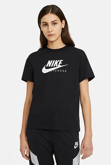 Camiseta Nike Sportswear Heritage negra