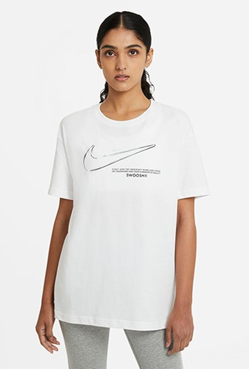 Camiseta Nike Sportswear Swoosh blanca