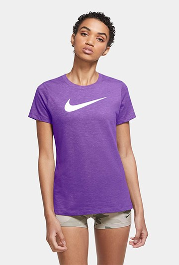 Camiseta Nike Dri-FIT morada