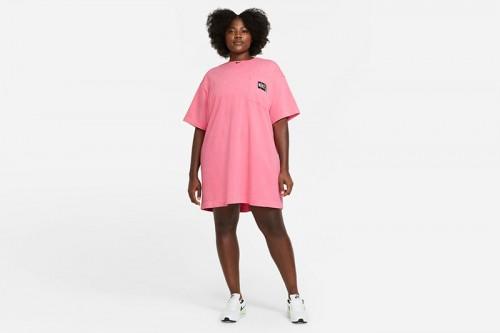 Camiseta Nike Sportswear Rosas
