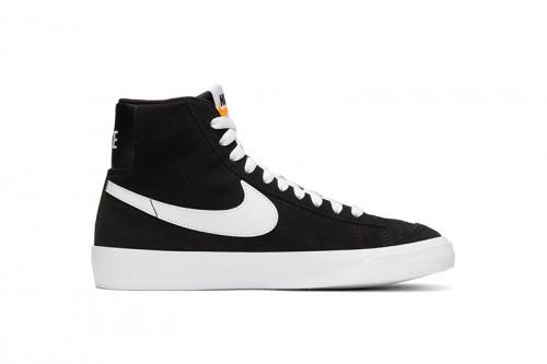 Zapatillas Nike BLAZER MID '77 SUEDE Negras