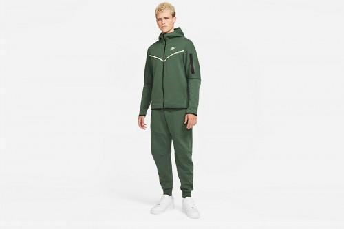 Pantalón Nike Tech Fleece Joggers verde