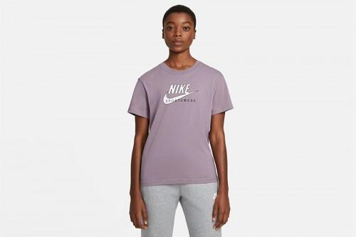 Camiseta Nike Sportswear Heritage morada