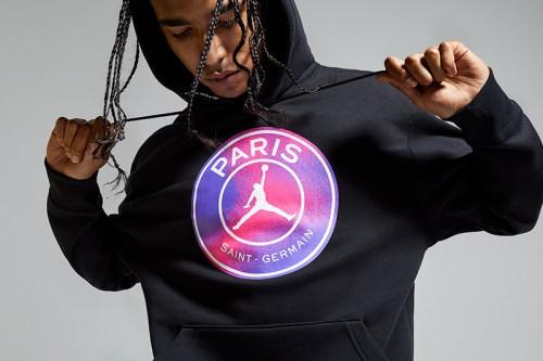 Sudadera Nike Paris Saint-Germain Fleece negra