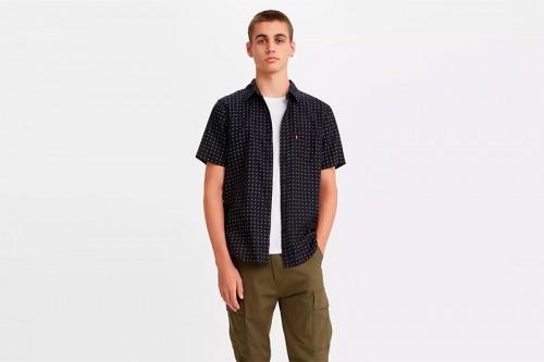 Camisa Levi´s SS CLASSIC 1 PKT STANDRD DITZY negra