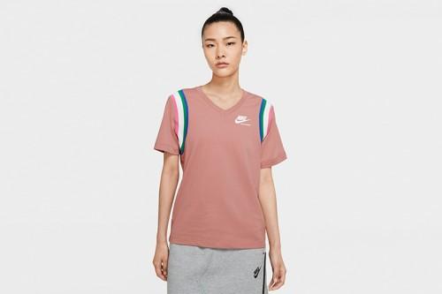 Camiseta Nike Sportswear Heritage Women's To rosa