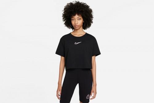 Camiseta Nike Sportswear Negra