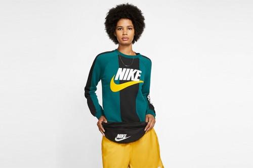 Riñonera Nike Sportswear Heritage negra