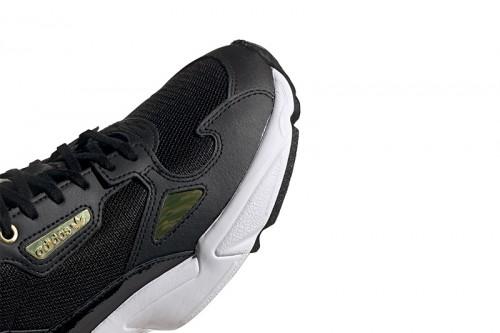 Zapatillas adidas FALCON W  CBLACK/GOLDMT/FTWWHT Negras