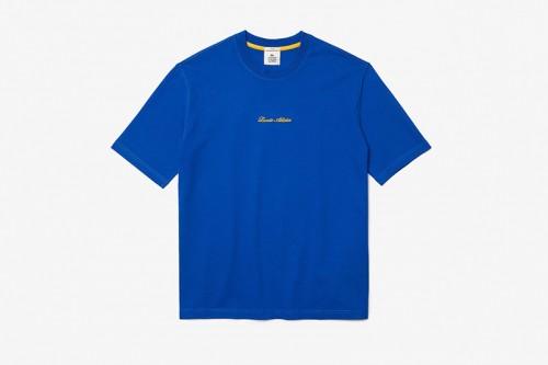Camiseta Lacoste LIVE loose fit de algodón con bordado dorado azul